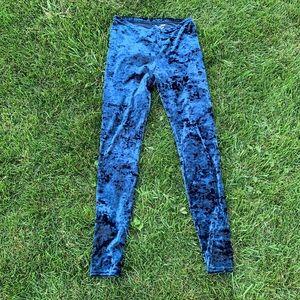 VERA WANG Blue Crushed Velvet Leggings